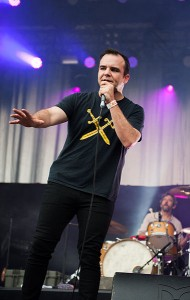 Future_Islands,_Kosmonaut_Festival_2015_08